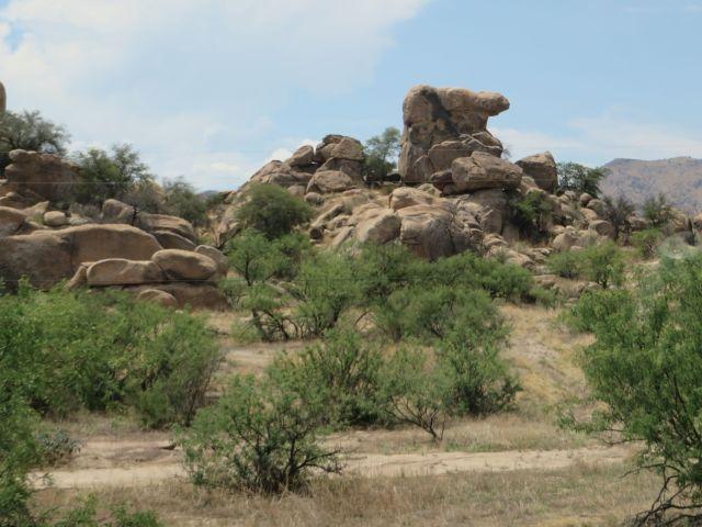Fascinating rock sculptures in Texas Canyon